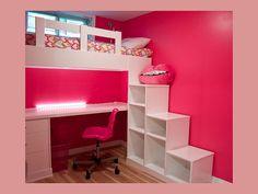 CASAS AMP INTERLAGOS RESIDENCIAL Necesito un diseño sencillo y útil para decorar la habitación de una niña. ¿Qué me sugieren? Este mueble es muy útil pues se utiliza cada uno de sus módulos. La escalera es también librero o juguetero, en la parte de abajo se aprovechó el espacio para hacer un escritorio y en la parte superior está la cama. www.casasamp.com #CasasAMP