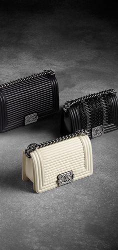 Fall-winter 2015/16 - Calfskin Boy CHANEL flap bag with horizontal quilting