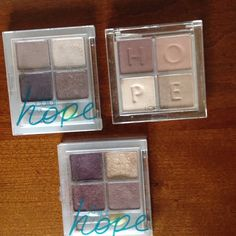 LOREAL BUNDLE OF 3eyeshadow quads NO TRADING LOREAL ......three pallets of quad eye shadows, gently used, applicators never used. Loreal Makeup Eyeshadow