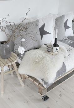 photo grey-scandinavian-deco-2_zpse2f15517.jpg