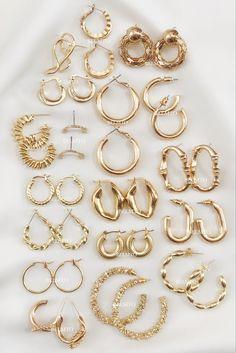 Ear Jewelry, Gold Jewelry, Jewelry Accessories, Fashion Accessories, Jewelry Design, Fashion Jewelry, Women Accessories, Wedding Accessories, Jewlery