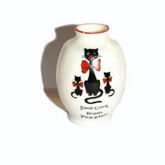 Black Cat Arcadian. Preston Lucky Black Cat Arcadian China Vase. 1920s Arcadian Black Cat Vase. Black Cat. Lucky Cat. Arcadian Crested China by Ekletika on Etsy https://www.etsy.com/listing/268005298/black-cat-arcadian-preston-lucky-black