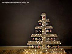 choinka w różu - pallet christmas tree Pallet Christmas Tree, Holiday Decor, Diy, Home Decor, Decoration Home, Bricolage, Room Decor, Do It Yourself, Home Interior Design