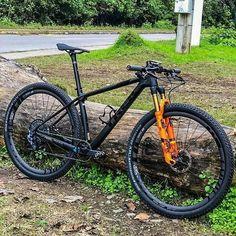 Xc Mountain Bike, Hardtail Mountain Bike, Mtb Bike, Cycling Bikes, Bicycle, Kona Bikes, Hardtail Mtb, Cross Country Bike, Montain Bike