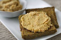 Recipe: Creamy Zinger Garlic Spread (variation of cashew cheese)