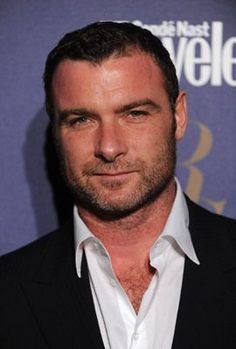 Liev Schreiber, my new old man obsession <3