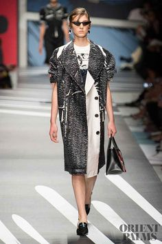 All of the best looks of the Prada runway collection from Fashion Week Spring/Summer Prada Spring, Spring Summer 2018, Fashion Show, Runway, Menswear, Shirt Dress, Couture, Coat, Collection