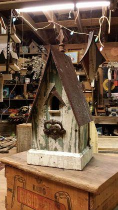 Most Popular Birdhouses Rustic in Your Garden 32 Bird House Feeder, Bird Feeders, Birdhouse Designs, Porch Flooring, Bird House Kits, Bird Aviary, Bird Boxes, Metal Birds, Kit Homes