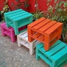 Check Out These 16 Easy DIY Pallet Furniture Ideas to Make Your Home Look Creative. Check Out These 16 Easy DIY Pallet Furniture Ideas to Make Your Home Look Creative. Pallet Deck Furniture, Outdoor Furniture Plans, Wooden Pallet Projects, Pallet Crafts, Diy Furniture, Pallet Stool, Bedroom Furniture, Furniture Stores, Pallet Tables