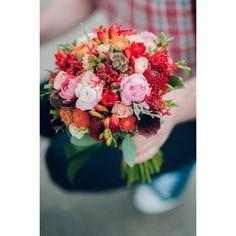 Ranunculus, Floral Wreath, Wreaths, Table Decorations, Home Decor, Homemade Home Decor, Flower Crown, Persian Buttercup, Deco Mesh Wreaths
