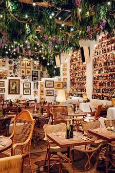 Italian Restaurant Decor, Restaurant Vintage, Decoration Restaurant, Deco Restaurant, Italian Restaurants, London Restaurants, House Restaurant, Restaurant Interior Design, Shop Interior Design