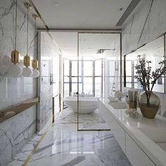 Relaxing and sensual, wonderfully golden or fairly contemporary, you'll find the inspiration you're looking for these superb bathroom ideas! See more interior design ideas here www.covethouse.eu