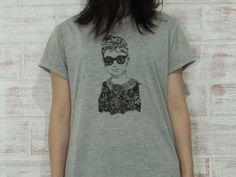 Camiseta Oversized Feminina Holly Golightly - 266 t-shirts