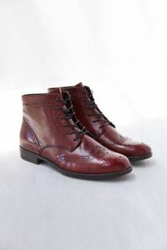 Vagabond Code Brogue Leather Boot