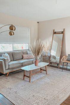Living Room Mirrors, Living Room Sets, Home Living Room, Apartment Living, Living Room Decor, Spare Room Ideas Apartment, Rustic Apartment, Home Office Decor, Home Decor