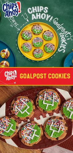 Score a taste touchdown at your Big Game watch party with our quick and easy CHIPS AHOY! Goalpost Cookies recipe play! Just cover a CHIPS AHOY! Cookie with white frosting. Cover half of the cookie with green nonpareils to make the football field, and cover the other half with multicolored to create the people in the stadium. Pipe frosting on top of nonpareils to create the goalpost to finish off this sweet gridiron treat. 20 mins makes 24 cookies, great for a crowd! Super Bowl, Game Day Snacks, Game Day Food, Tailgate Food, Tailgating, Football Snacks, Football Parties, Football Field, Football Season
