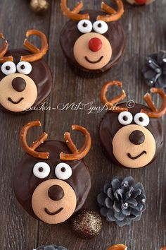 Rentier- Cupcakes Gingerbread Cookies, Biscuits, Food And Drink, Dining, Winter, Funny Cupcakes, Reindeer, Food For Kids, Christmas Meals
