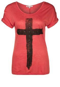 http://www.zalando.no/best-mountain-t-shirts-med-print-rod-b2521d04l-g11.html