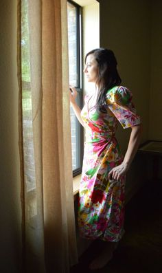 80's Vintage Floral Print Dress With Key Hole Back by Rimini on Etsy, $40.00
