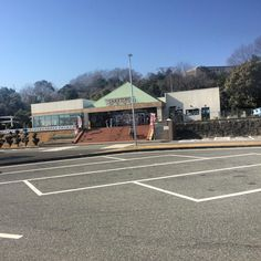 "On instagram by hachisuke_japan #landscape #contratahotel (o) http://ift.tt/1VGbFiQ rest area ""Taketoyo parking area""  #paisaje #manzara #пейзаж #travel #viaje #seyahat #путешествовать #japan #japon #japonya #Япония #aichi #taketoyo #winter #roadsiderestarea #roadside #highway #restarea"
