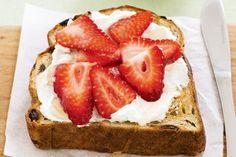 Raisin toast with ricotta & berries main image