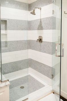 5 Brilliant Subway Tile Ideas Youve Never Seen Before 2019 Guest or upstairs shower? Brilliant Subway Tile Ideas Youve Never Seen Before via The post 5 Brilliant Subway Tile Ideas Youve Never Seen Before 2019 appeared first on Shower Diy. Bathroom Tile Designs, Bathroom Design Small, Bathroom Ideas, Bathroom Vanities, Bathroom Bin, Bathroom Plumbing, Shower Bathroom, Shower Designs, Shower Ideas