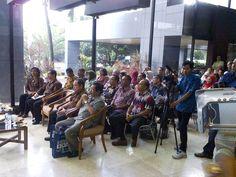 Pembukaan Pameran Litbang dan Layanan Jasa Teknis Industri di Plaza Perindustrian Jakarta yang diikuti oleh Balai Besar Kerajinan dan Batik pada tanggal 5-8 Mei 2015 Lalu