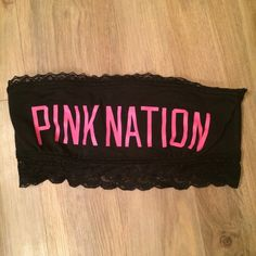 Must go☀️VS Pink bandeau Worn once. Great condition PINK Victoria's Secret Tops Crop Tops