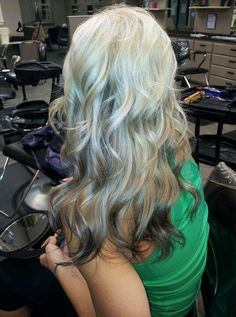 Reverse ombre on Lindsey