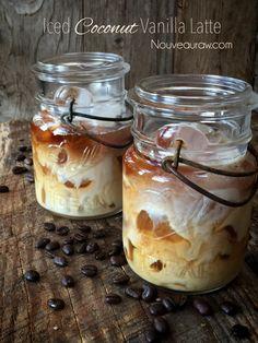 Iced Coconut Vanilla Latte (raw, vegan): 1/4T kalt gepr.Kaffee, 1/4 T Kokosmilch, Wasser, Eiswürfel, kurz schütteln.
