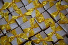 Wedding treats Yellow Wedding, Gift Wrapping, Treats, Gifts, Gift Wrapping Paper, Sweet Like Candy, Goodies, Presents, Wrapping Gifts