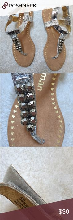 Libby Edelman sandals NWOT Silver sandals with Sabika like stones. Never worn. Size 8 Libby edelman Shoes Sandals