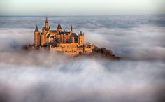 Hohenzollern castle will take your breath! One of the most charming castles ever! #castle #germany #europe #daytrip