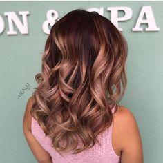 "1,588 tykkäystä, 43 kommenttia - Orlando LA Vivid Hairstylist (@nealmhair) Instagramissa: ""#fbf  Rose Gold Tones  #corrugatedhighlights #balayage #colormelt combo using #b3 and…"""