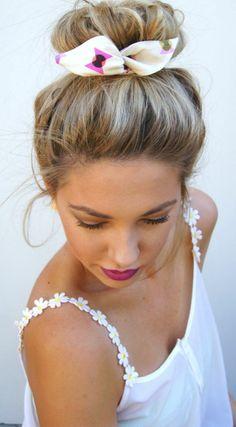 quel ruban pour votre chignon, bijou de cheveux, blonde fille