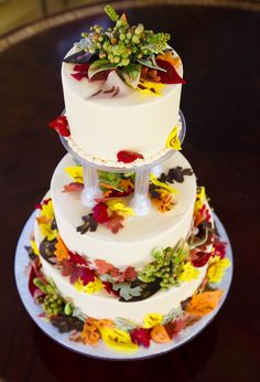 The perfect fall wedding cake! Cake # 029.