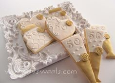 gallery of l&v sweets cookies 50th Anniversary Cookies, 50th Wedding Anniversary, Anniversary Parties, Anniversary Ideas, Cupcake Cookies, Sugar Cookies, Cupcakes, Crispy Cookies, Iced Biscuits
