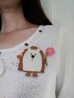 Hedgehog brooch, hedgehog badge, wildlife lovers gift, nature lovers gift, £5.10