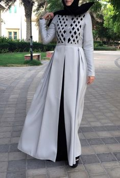 Criss-Cross Abaya Gown Light Grey by LanaLik on Etsy