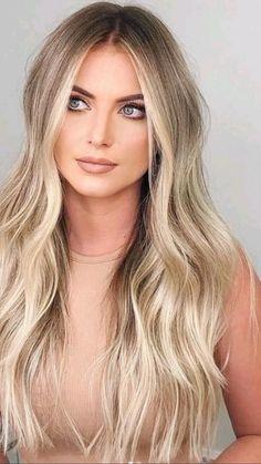 Summer Blonde Hair, Blonde Hair Looks, Brown Blonde Hair, Fall Blonde Hair Color, Wedding Hair Blonde, Medium Length Hair Blonde, Blonde Hair With Dark Roots, Blonde With Brown Lowlights, Cool Toned Blonde Hair