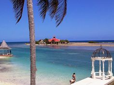Sandals Royal Caribbean Beach and view of Private Island.  It was a glorious day.