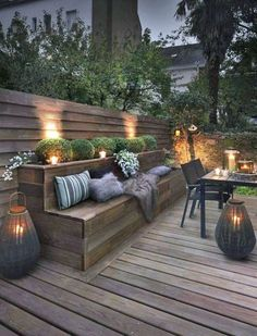 Outdoor lighting ideas for backyard, patios, garage. Diy outdoor lighting for front of house, backyard garden lighting for a party Backyard Seating, Backyard Patio, Backyard Landscaping, Backyard Ideas, Landscaping Ideas, Porch Ideas, Seating Area In Garden, Deck Bench Seating, Diy Patio