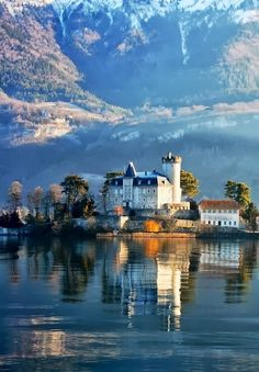 Chateau de Duingt on Lake Annecy, Savoy, France.