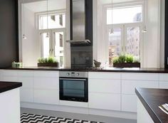 FIND OUT: Scandinavian Kitchen Interior Design With Beautiful Appliances Contemporary Kitchen Design, Interior Design Kitchen, Room Interior, Ikea Ringhult, Small Loft Apartments, Scandinavian Kitchen, Stylish Kitchen, Küchen Design, Blog Design