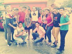 En Omoa, después de la presentación con un grupo de nuevos amigos, Puerto Cortes, Honduras