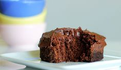 One-Minute Chocolate Cake by chocolatecoveredkatie: 205 calories with oil (or 140 without). Perfect for chocolate emergencies! #Chocolate_Cake #One_Minute #Single_Serve