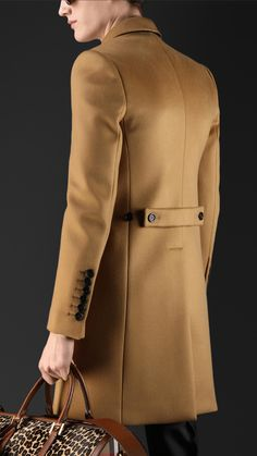 Bonded Cashmere Chesterfield | Burberry Mens Fashion Suits, Mens Suits, Burberry Coat, Burberry Men, Blazer Outfits Men, Mens Overcoat, Style Masculin, Mens Winter Coat, African Men Fashion