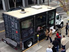 Food Rings Ideas & Inspirations 2017 - DISCOVER FoodTruck und Streetfood Ideen mit flexhelp Foodtruck Marketing www.de Food Trucks Discovred by : Container Coffee Shop, Container Shop, Container Design, Container Truck, Food Trucks, Food Truck Business, Cafe Central, Pizza Truck, Container Restaurant