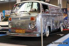 VW Bus silver shined