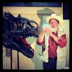 Dr. Bob Bakker talks about the Allosaurus at Black Hills Institute.